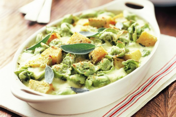tortellini-with-pumpkin-sage-and-cheese-sauce-6326_l